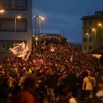 Manifestantes protestaram neste sábado, no centro de Roma